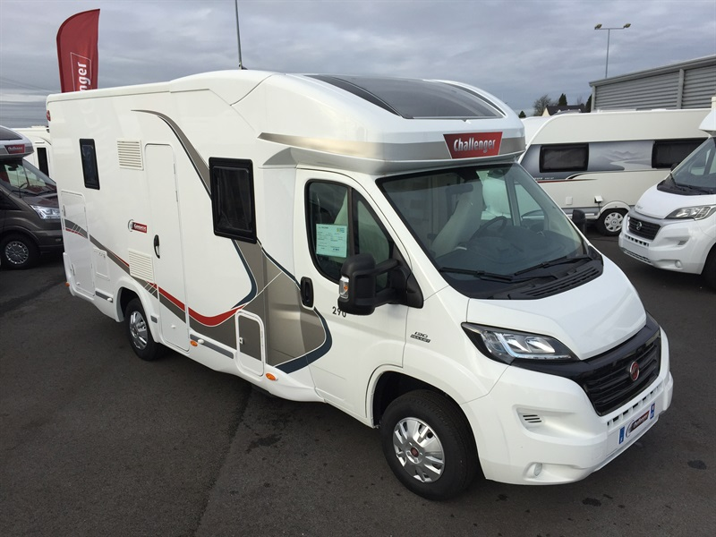 vends camping car profile challenger 290 genesis 2016