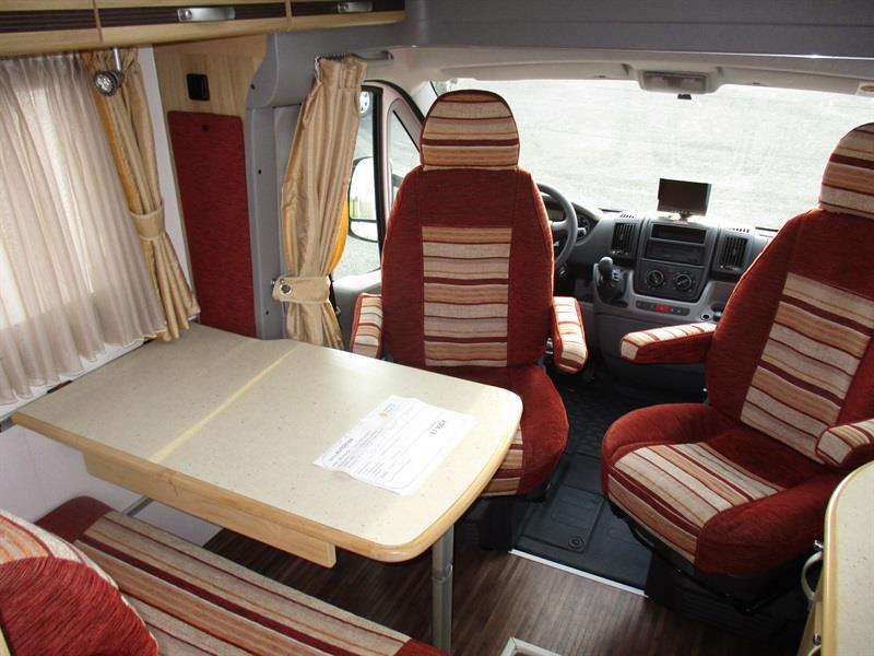 AUTOSTAR Arhenor 599 ST JEAN DU CARDONNAY 76