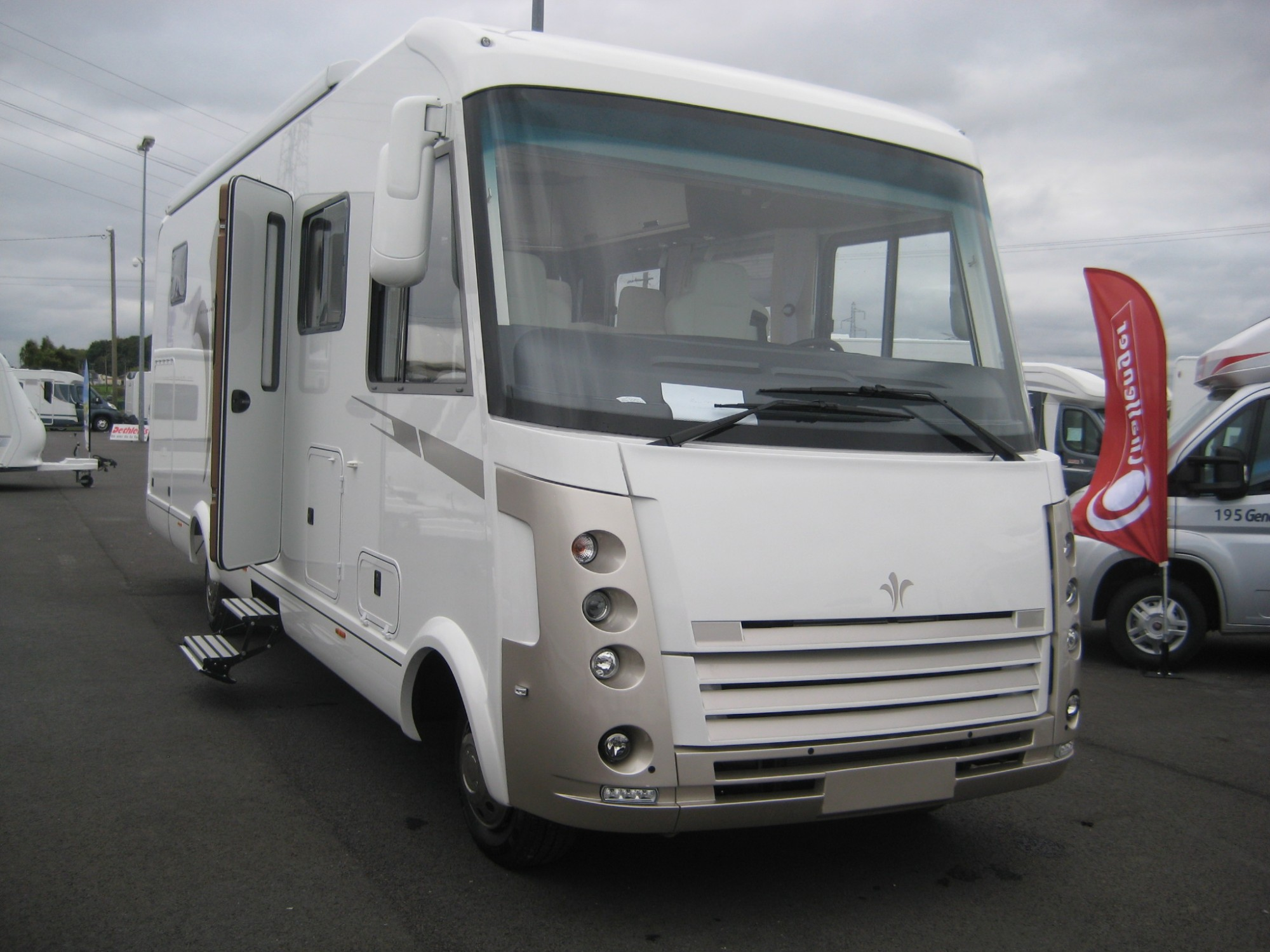 contactez nous rouen caravane service jousse. Black Bedroom Furniture Sets. Home Design Ideas