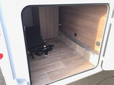 Vend camping car avec SOUTE ÉTANCHE proche Maromme 76