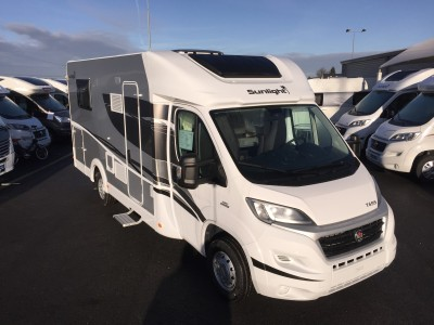 vends camping car profil sunlight t 69 s 2016 rouen st jean du cardonnay 76 rouen caravane. Black Bedroom Furniture Sets. Home Design Ideas