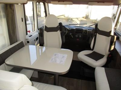 Vends CAMPING CAR DETHLEFFS TREND I 7057 lit central 2017 St jean du Cardonnay 76150