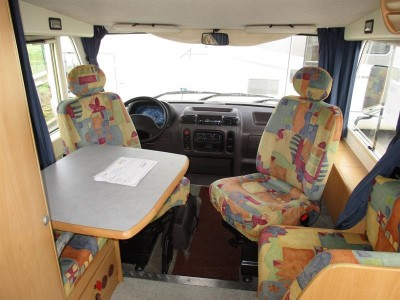 CAMPING-CAR INTEGRAL HYMER BR 599
