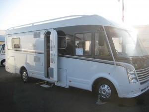 Vente camping-car neuf Dethleffs FIFTEEN LIMITED EDITION 7051 DBM à Rouen-Saint jean du Cardonnay 76